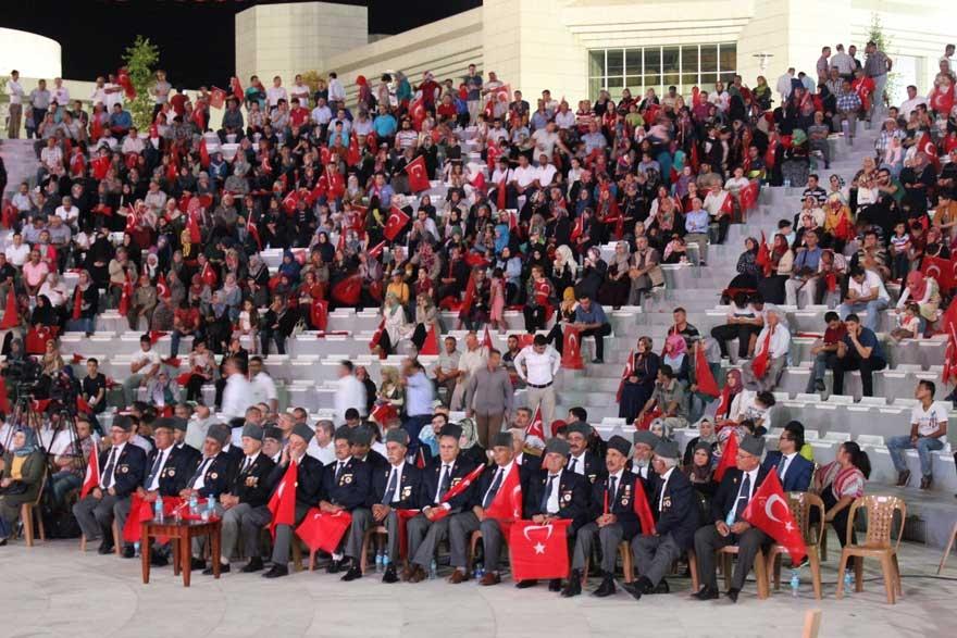 Konya'da 'Milli İrade Dayanışma Gecesi' düzenlendi 16