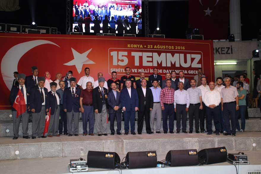 Konya'da 'Milli İrade Dayanışma Gecesi' düzenlendi 25