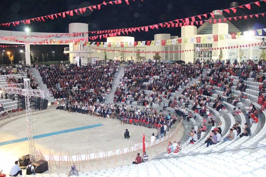 Konya'da 'Milli İrade Dayanışma Gecesi' düzenlendi 8