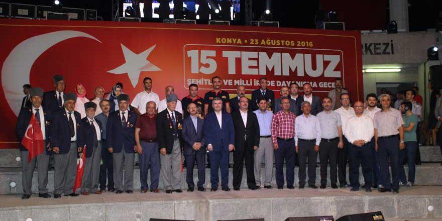 Konya'da 'Milli İrade Dayanışma Gecesi' düzenlendi