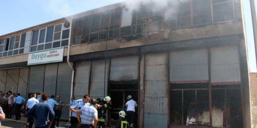 Konya'da işyerinde çıkan yangında bir çocuk yanarak can verdi