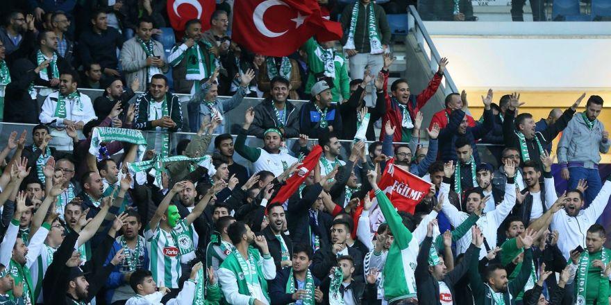 Gent-Atiker Konyaspor