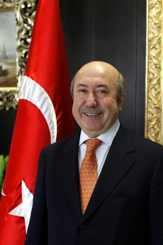 Eski Maliye Bakanı Unakıtan, vefat etti 1