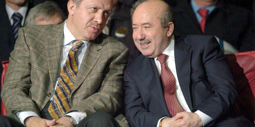 Eski Maliye Bakanı Unakıtan, vefat etti
