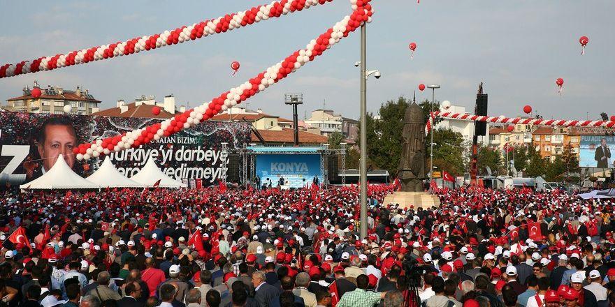 Konya Erdoğan'ı bağrına bastı