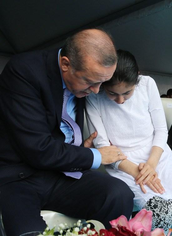 Erdoğan'dan çocuklara özel ilgi 11