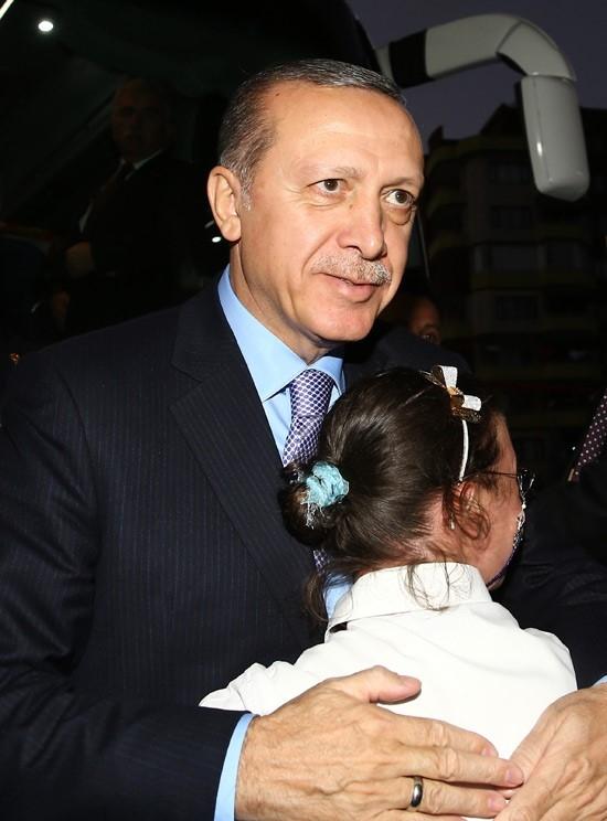 Erdoğan'dan çocuklara özel ilgi 12