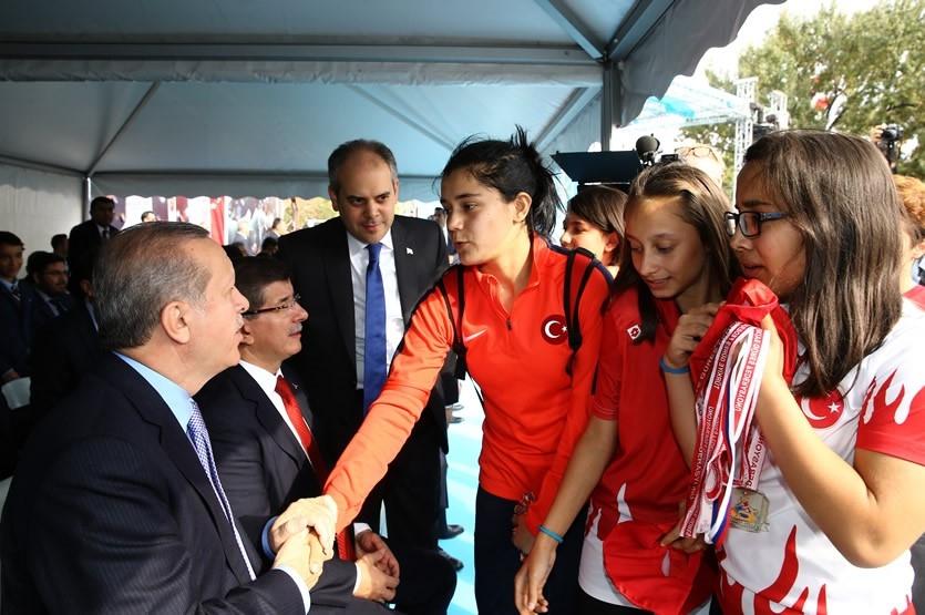 Erdoğan'dan çocuklara özel ilgi 4