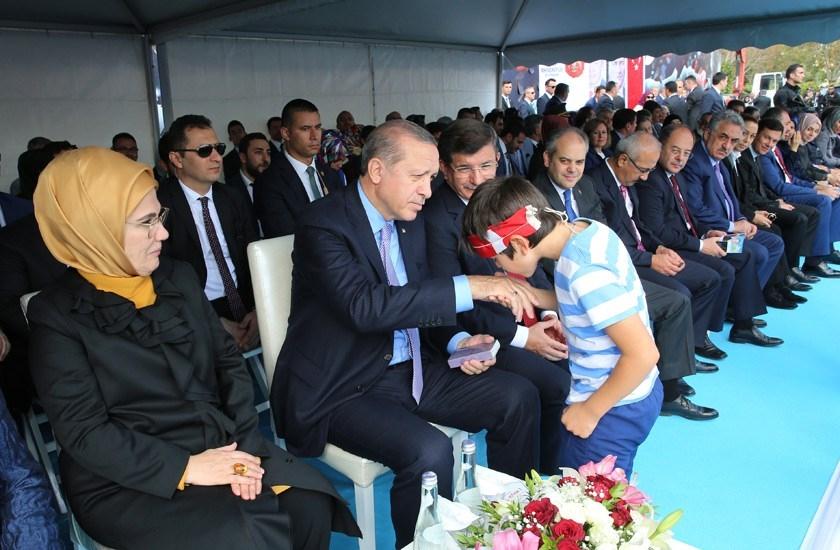 Erdoğan'dan çocuklara özel ilgi 5