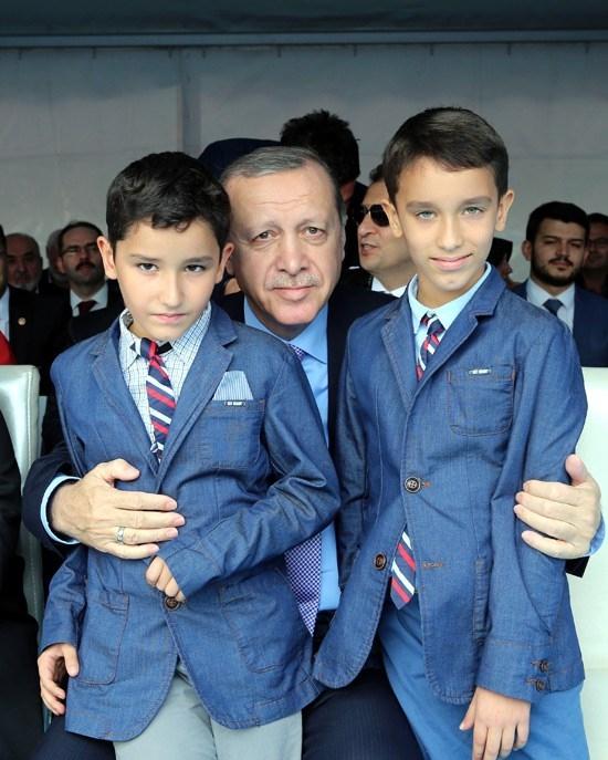 Erdoğan'dan çocuklara özel ilgi 7