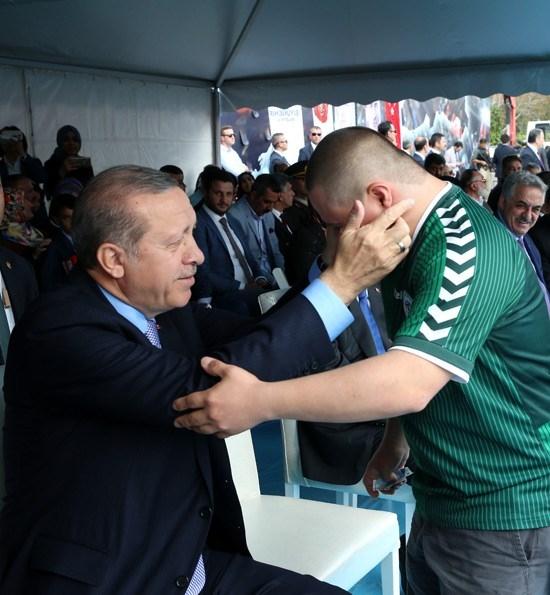 Erdoğan'dan çocuklara özel ilgi 9