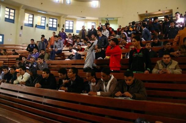 Ezher'de darbe karşıtlarına polis müdahalesi 11
