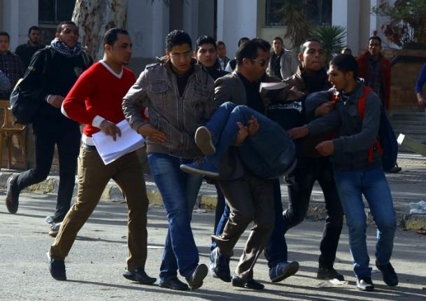 Ezher'de darbe karşıtlarına polis müdahalesi 9