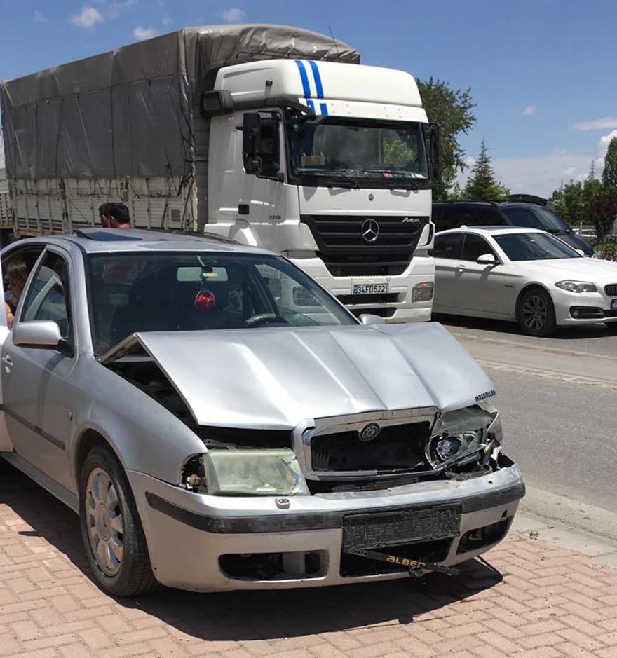Konya'da zincirleme trafik kazası 1
