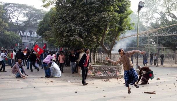 Bangladeş'te hükümet karşıtı gösteriler sürüyor 7
