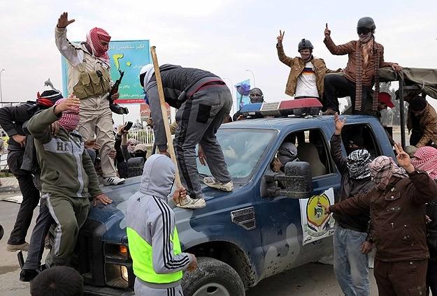 Irak'ta güvenlik güçleriyle aşiretler arasında çatışma 1