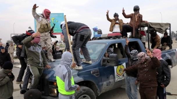Irak'ta güvenlik güçleriyle aşiretler arasında çatışma 10