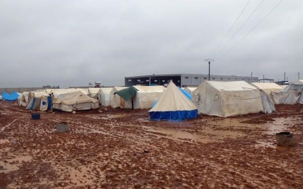 Suriyelilerin yeni yılda yağmur ve çamurla imtihanı 1