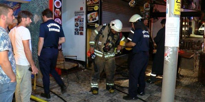 Kadıköy'de 3 katlı restoranda patlama sonrası yangın