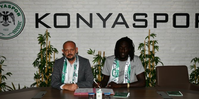 Gueye Konyaspor'a imzayı attı