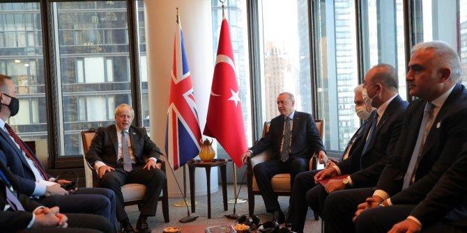 Cumhurbaşkanı Erdoğan, New York'ta yeni açılan Türkevi Binası'nda İngiltere Başbakanı Boris Johnson'ı  kabul etti