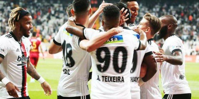 Beşiktaş - Adana Demirspor! İlk 11'ler belli oldu!