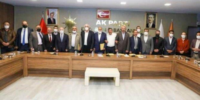 İYİ Parti'den istifa edip AK Parti'ye katıldılar