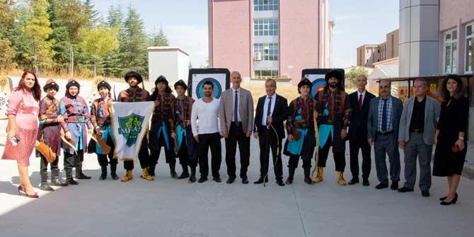 Selçuk YDYO'da açılış festivali