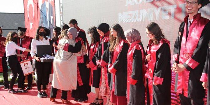 KGTÜ ilk mezunlarını verdi