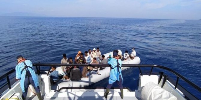 Yunanistan'ın ölüme terk ettiği 58 sığınmacı kurtarıldı