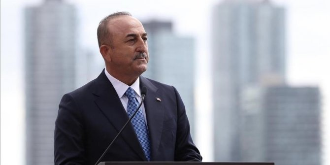Turkey's FM discusses bilateral, global issues with counterparts
