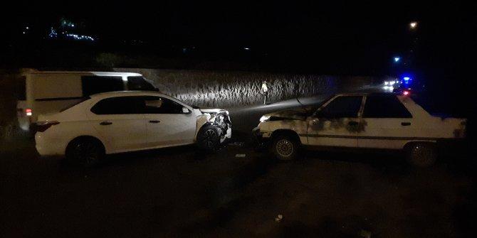 Diyarbakır'da hatalı sollama kazası: 4 yaralı