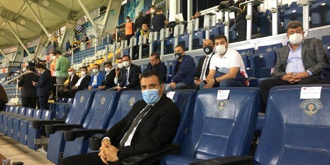 Konyaspor yönetimi, Kasımpaşa maçına tam kadro geldi!