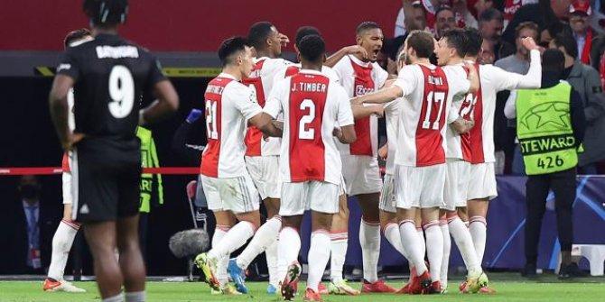 Ajax Beşiktaş'ı iki golle geçti