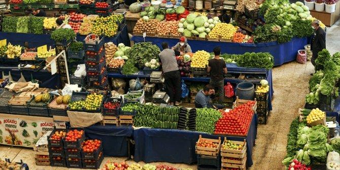 """Konya'daki """"Kadınlar Pazarı"""" mevsim renklerine büründü"""