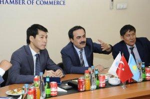 Kazakistan heyeti KTO'yu ziyaret etti