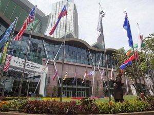 Laos'ta ASEAN Ticaret ve Yatırım Zirvesi
