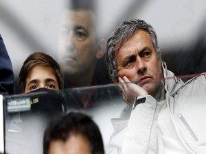 Mourinho'nun imzası 'imaj hakları'na takıldı