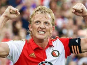 Kuyt 1 yıl daha Feyenoord'da