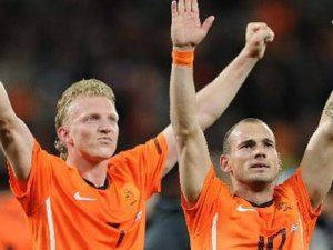 Sneijder'dan kötü haber