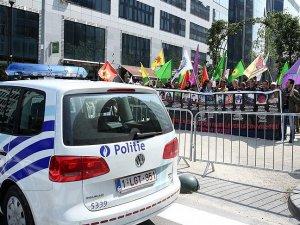 Belçika ve AB'den terör örgütü PKK'ya yine izin