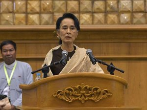 Suu Kyi: Development key to stabilizing Rakhine State