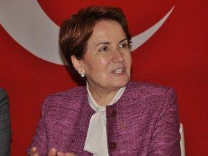 Meral Akşener: MHP'nin kurultayı Türkiye'nin en önemli meselesiymiş