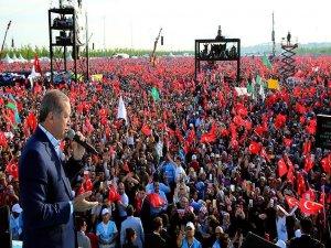 'İstanbul'u anmadan tarih yazmaya kalkarsanız mürekkebiniz kurur'