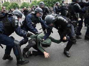 Bilgiç: Fransız güvenlik güçlerinin müdahalelerinden endişe duyuyoruz