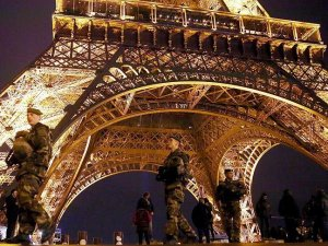 Terör Paris turizmini vurdu