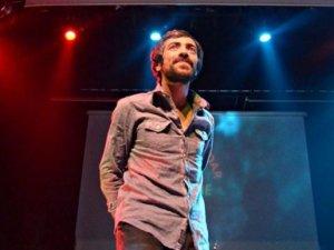 Erdoğan'ı eleştirenlere kızdı konsere çıkmadı