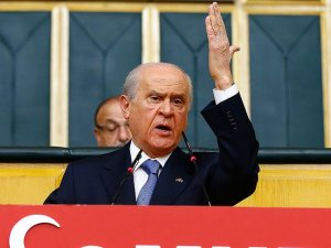 Turkey's opposition MHP leader snubs party dissidents