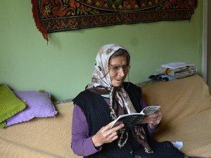 'Ayşe nine' okuma yarışmasının birincisi