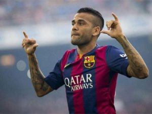 Alves Juventus'a transfer oluyor
